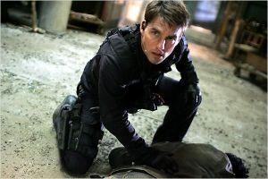 Tom-Cruise-spy